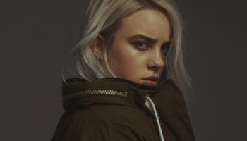 Слив фото и видео Billie Eilish erotic